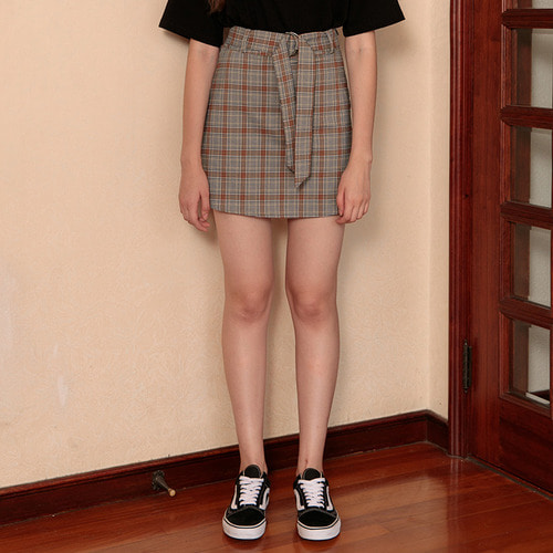 MG7S 3 CHECK BUCKLE SKIRT (black)