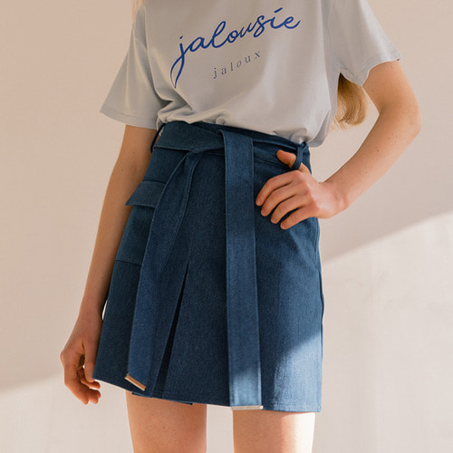 MG8S DENIM STRAP MINI SKIRT (BLUE)
