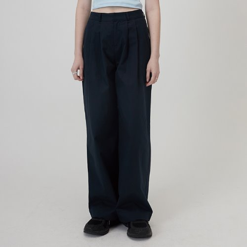 MG0S TWO TUCK WIDE PANTS (NAVY)